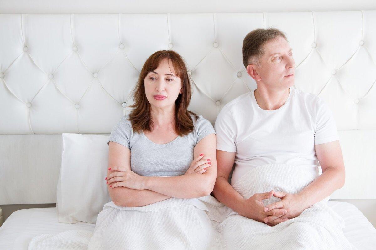 erekcija žiūrint į moterį kaip vyras jaučia erekciją